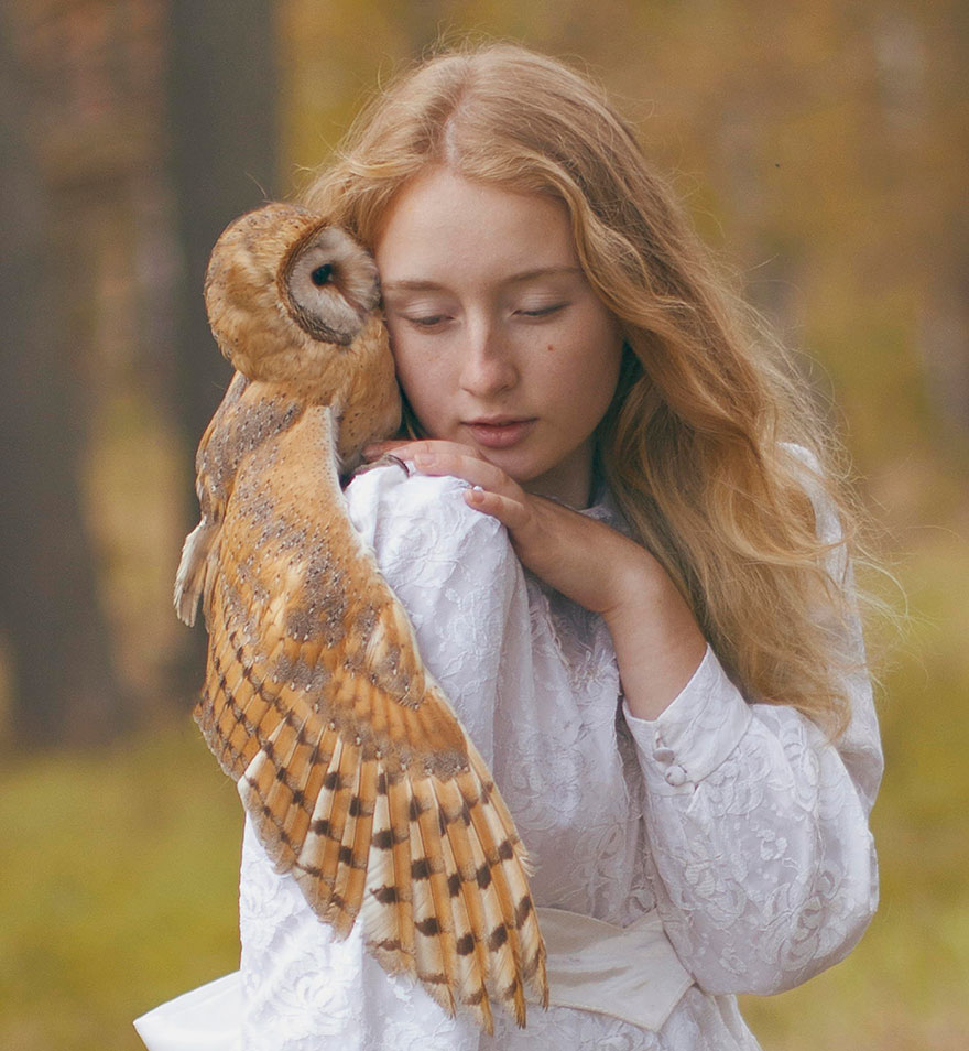 Stunning Photgraphs Of People With Exotic Animals 11