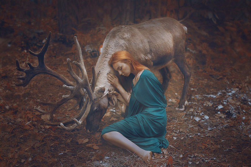 Stunning Photgraphs Of People With Exotic Animals 5