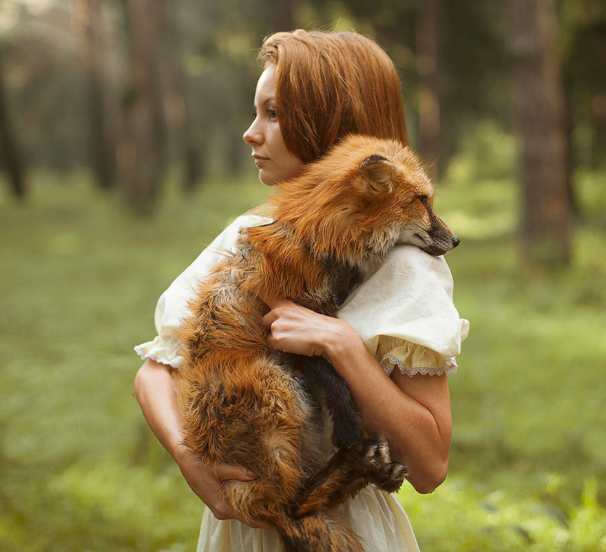 Stunning Photgraphs Of People With Exotic Animals 6